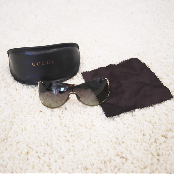 Gucci Accessories - Gucci Horsebit GG Shield Sunglasses
